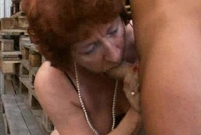 (BBW) Broad in the beam Of age - Granny Bangers [German]