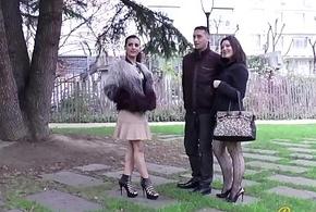 Julie et Siham deux cochonnes se rencontrent mob une baise sauvage