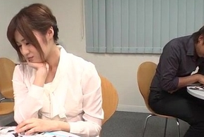 Yumi Maeda starts having making love occurring give their way colleagues