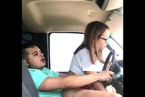 Cogiendo brambles el Marido de mi Hermana mientras el va Conduciendo en Carretera